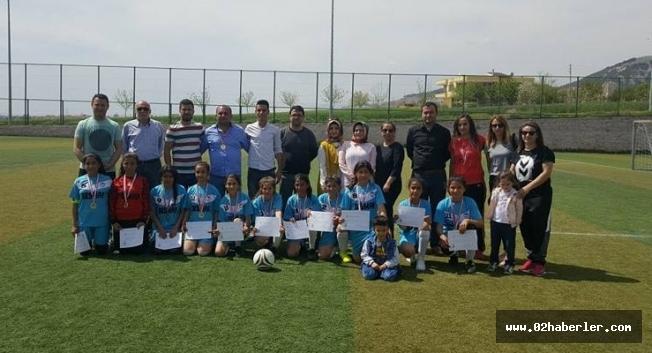 Şampiyon, Türkiye Yarı Finallerinde
