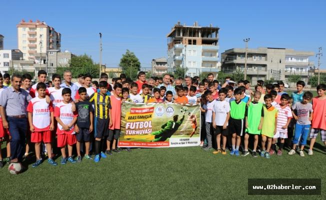 Kardeşlik Futbol Turnuvası Başladı