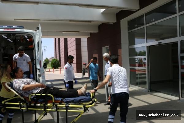 Adıyaman'da Trafik Kazası 5 Yaralı