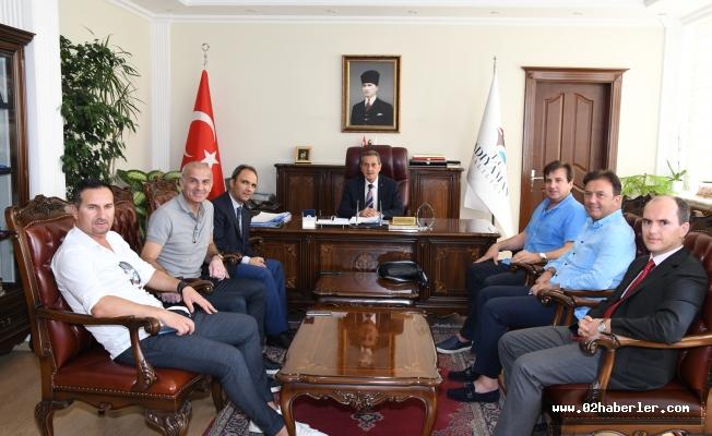 Futbolun Efsane İsimlerinden Vali Kalkancı'ya Ziyaret