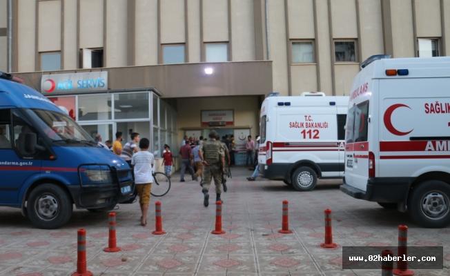 Kahta'da Bıçaklı Yaralanma
