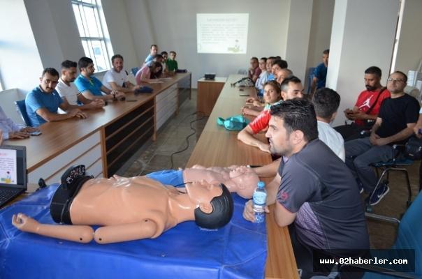 Antrenörlere İlk Yardım Eğitimi Verildi