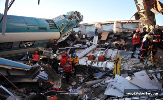 Tren Kazası: 9 Ölü Çok Sayıda Yaralı