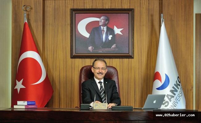 Rektör Dağlı, Gazeteciler Gününü Kutladı
