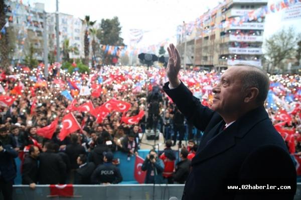 Erdoğan: ''Siyaset beyaz kefen giyenlerin işidir''