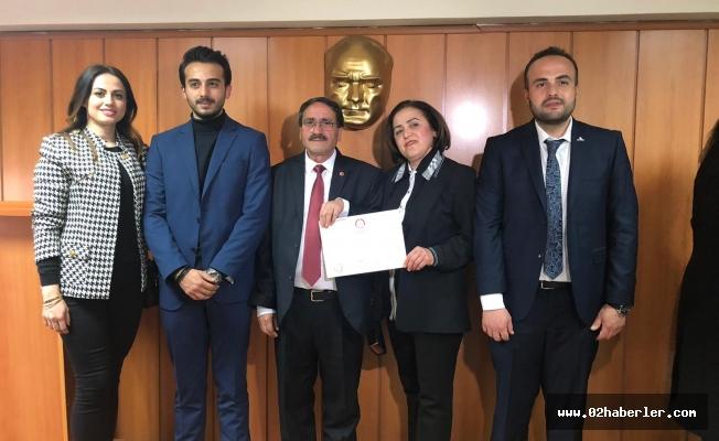 Tut Belediye Başkanı Kılıç Mazbatasını Aldı