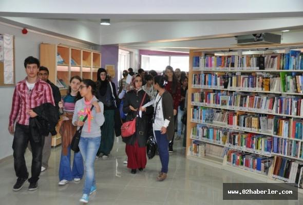 Adıyaman Üniversite Kütüphanesi halkın hizmetine açıldı