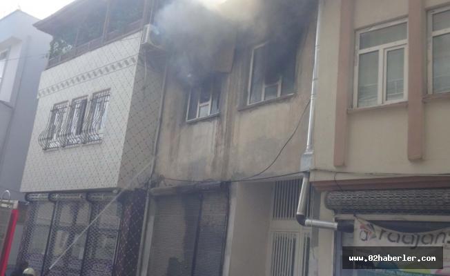 Yangında Ev Kullanılamaz  Hâle Geldi
