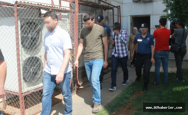 FETÖ'den Gözaltına Alınan Şüpheliler Adliyede