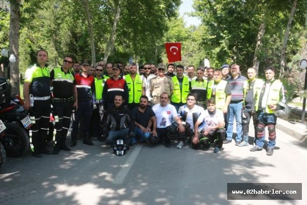 Motosiklet tutkunları jandarmanın yıl dönümünü kutladı