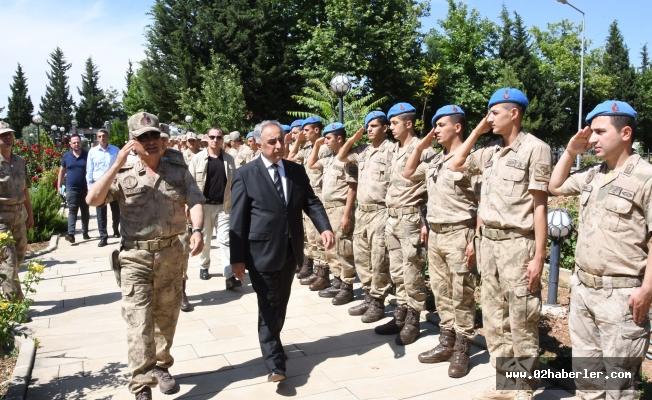 Rektör Turgut jandarmanın yıldönümünü kutladı