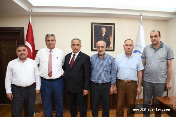 TÜMŞAD yönetimi Rektör Turgut ile bir araya geldi