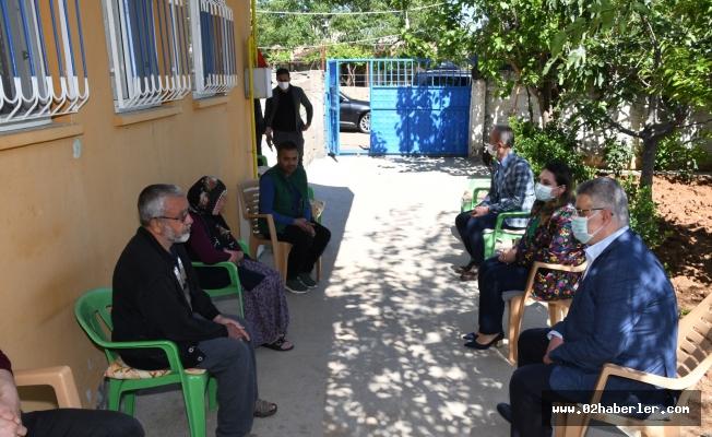 Vali Aykut Pekmez'den Şehit Ailelerine Ziyaret