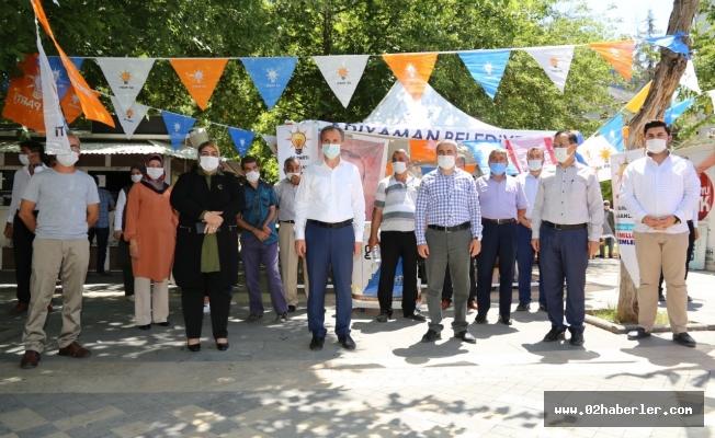 AK Parti Merkez İlçe Başkanlığı Üye Standı Açtı