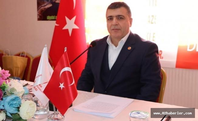 """""""Türk Milleti O Gece Dik Duruş Sergiledi"""""""