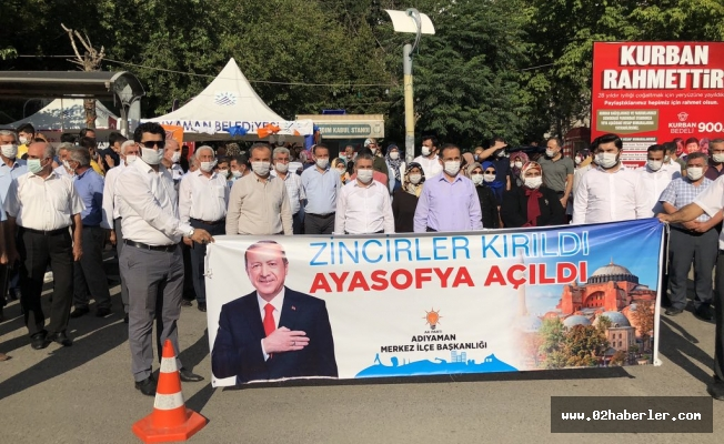 """""""Zincirler Kırıldı, Ayasofya Açıldı"""""""
