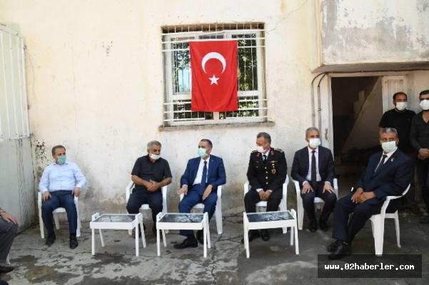 Vali Çuhadar'dan Şehit Ailelerine Bayram Ziyareti