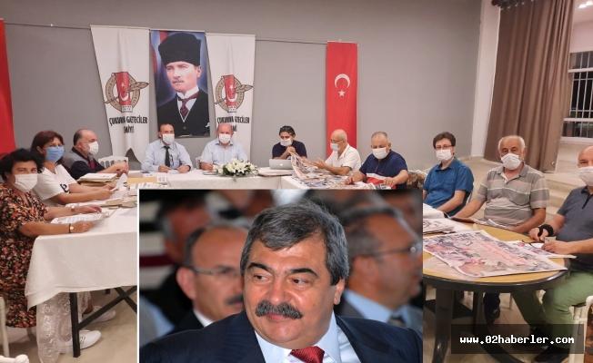 Abdulkadir Konukoğlu'na Onur Ödülü