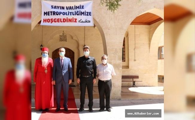 Vali Çuladar'dan Süryani Kadim Kilisesine Ziyaret