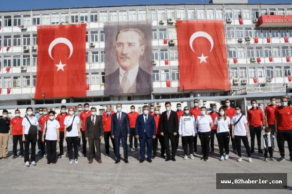Cumhuriyetimizin Kuruluşunun 97. Yıldönümü Adıyaman'da Kutlandı