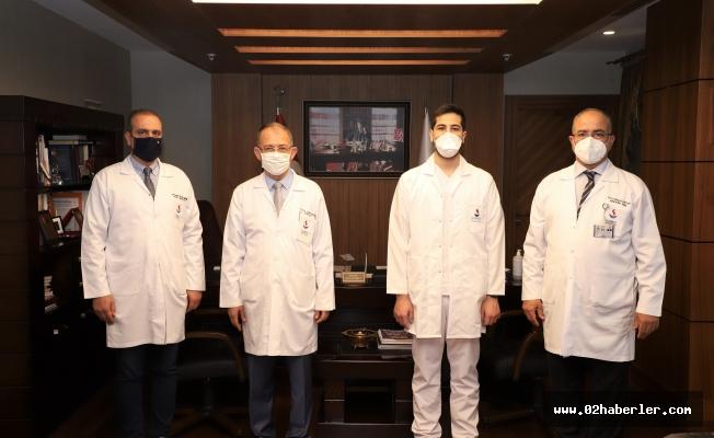 Sanko Üniveristesi Tıp Fakültesi Mezunu Uncuoğlu'nun Başarısı