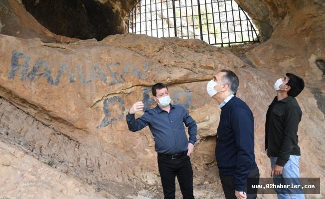 Vali Mahmut Çuhadar Tarihi Palanlı Mağarasını İnceledi