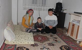 Yoksul Ailenin Sesini Kim Duyacak