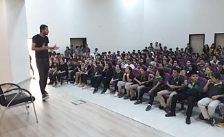Eğitimci Abdullah Yılmaz Öğrencilerle Buluştu