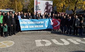 """STK'lardan Doğu Türkistan """"Politik Eğitim Kampları Dramı""""na Tepki"""