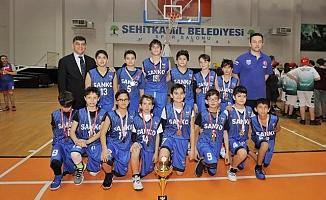 Sanko Okullarıo Basketbolda İl Şampiyonu