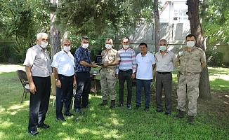 Muhtarlardan Albay Atasoy'a Teşekkür Plaketi