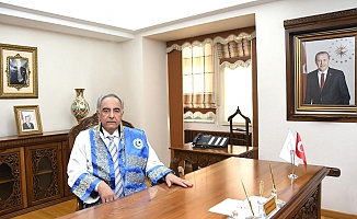 Rektör Turgut'tan Yeni Akademik Yıl Mesajı