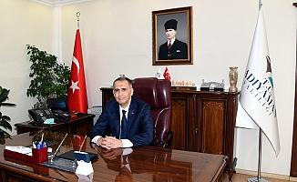 """Vali Çuhadar; """"Elazığ ilimize ve bölgemize geçmiş olsun"""""""