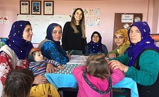 'Okuma Yazma Bilmeyen Kalmasın' Sloganıyla Yeni Kurslar Açılıyor