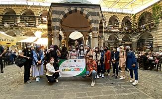 Adıyamanlı Gençler Diyarbakır'ı Gezdi