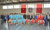 Hentbolda Şampiyon Mimar Sinan Ortaokulu