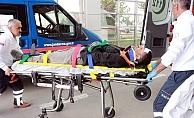 İki otomobil kafa kafaya çarpıştı: 8 yaralı
