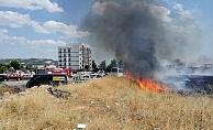 Hastane yakınında korkutan yangın