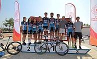 Adıyamanlı bisikletçiler Elazığ'da madalyaları topladı