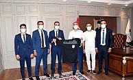 Hakemlerden Vali Çuhadar'a Ziyaret