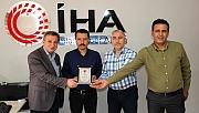 İGD'den Gazeteci Arslantaş'a Plaket